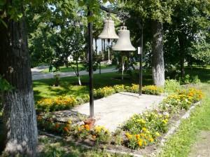 колокола в монастыре